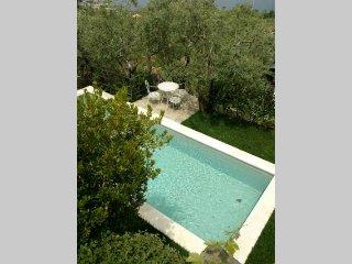 Casa Tatano con piscina privata e vista mare, Massa Lubrense