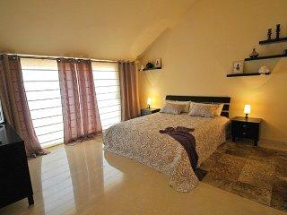 Penthouse-duplex 3 bed, 700 m beach, Puerto Banus