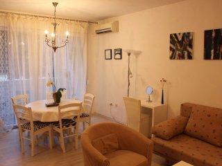 Deolinda apartment (2+2) Lungomare, Stoja