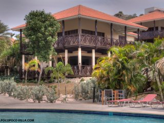 POCO POCO Villa - Golf & Beach Holiday Home, Willemstad