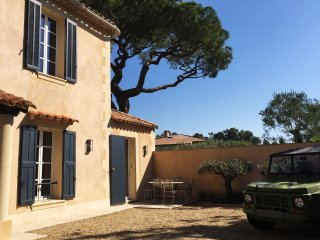 Villa climatisée 4 chambres avec jardin & parking, St-Tropez