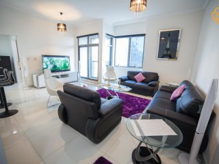 Modern 2 Bedroom Apartment in Business Bay, Dubai, Dubái