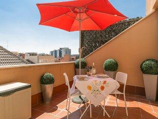 Elegante y Tranquilo Estudio-Atico con Terraza, Madrid