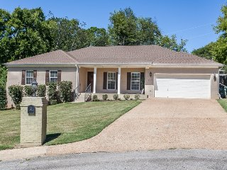 Luxury Short Term Rental Home Near Downtown Huntsville