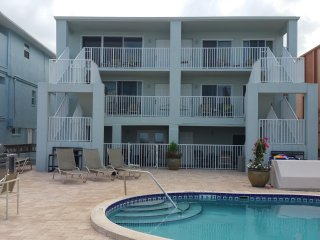 Special:  7 nights, May 1 - May 26 only $989!!!, Indian Shores