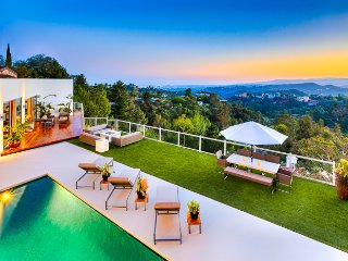 Beverly Hills Modern with Pool & Jaw Dropping Los Angeles + Pacific Ocean Views