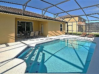 Luxury 5 BR 4 BA Pool Home w/Game Room Near Parks