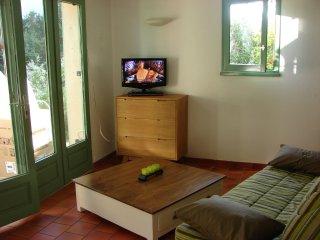 mazet dans residence, piscine et terrain de tennis, Maussane-les-Alpilles