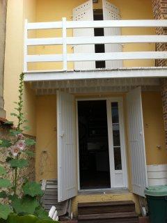Maison, T2 meublee a 50 metres de la Plage