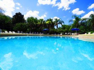 Upgraded 5-star Penthouse, Bahama Bay near Disney