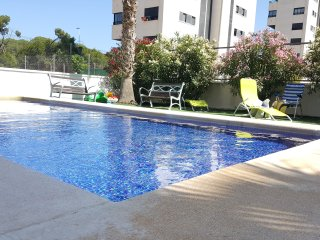 Sea and pine forest view apartment near the port, Guardamar del Segura