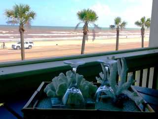 OCEAN VIEW; Hot Spa and Swimming Pools!, Galveston Island