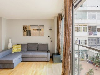 La Modernista apartment in Eixample Dreta {#has_l…