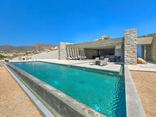 Myllo - A Unique Villa in Ios Island