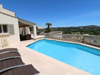 3 Bedrooms Villa near Cannes with pool & Jacuzzi, Mandelieu-la-Napoule