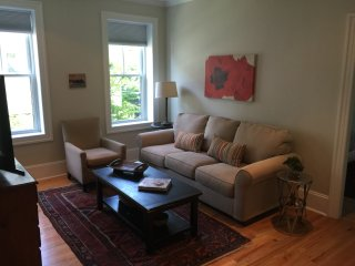 Gorgeous, historic, fully renovated, sunny, modern, pking, at T,, Somerville