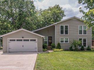Elegant Lakefront Home close to Nashville, Hendersonville