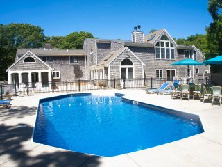 Barnstable Luxurious 5 Bedroom Home Inground POOL!