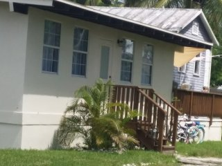 The Purple Cottage, Everglades City
