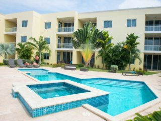 Sunset Beach Two-bedroom condo - SR02, Palm - Eagle Beach