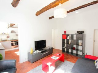 AIX CENTRE APPART 1-4 PERS CHARME CALME SPACIEUX, Aix-en-Provence