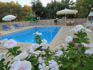 Villa Asterea Poolside