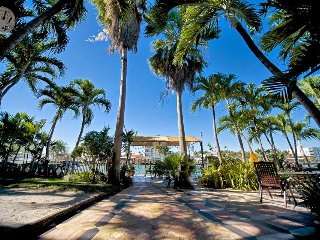 Waterfront 3 Bedroom 3 Bathroom, Miami Beach