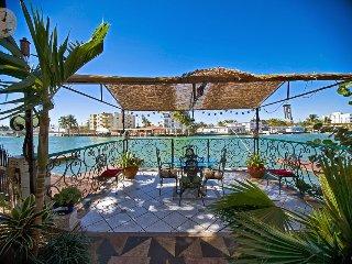 6 Bedroom 5 Bathroom By The Beach, Miami Beach