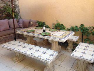 Fishermans Cottage with private courtyard & garden, Collioure