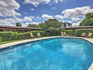 Newly Remodeled 1BR Austin Condo w/Pool Access!