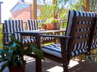 Silenziosa e indipendente villa con giardino, Rom