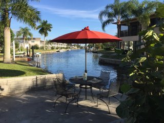 2 Bedroom with a Full Size Sleeper on Canel #2, Cape Coral