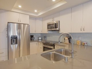 Modern 3bd/2bths Next to South Coast Plaza-B
