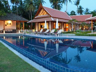 Lipa Noi 3027 -Luxury Beachfront with Chef Service