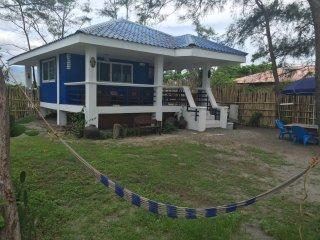 Private Beachfront Villa, Cabangan, Zambales