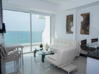 Luxury Apartment Front Beach, Cartagena