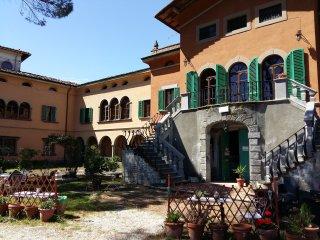 Villa Colle Olivi - il poeta