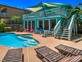 Expansive ocean-view home, w/private pool & great location!, South Padre Island