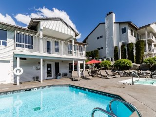 Ground floor condo w/ shared pool & hot tub - nice views from back patio!