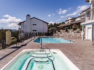 Walk to town, relax in your shared pool & hot tub, & more!