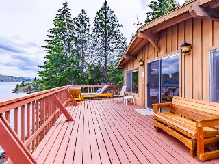 Dog-friendly lakefront rustic cabin for 8 w/ dock and incredible views!, Manson