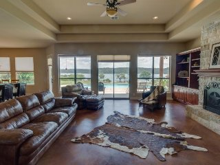 Huge, impressive, and dog-friendly lakefront estate w/ private pool & dock!, Spicewood