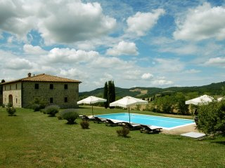 Villa le Ginepraie Excellent Vacation Rental in Tuscany, Volterra