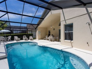 Luxury 4 b/rm pool villa near DisneyWorld, Florida, Kissimmee