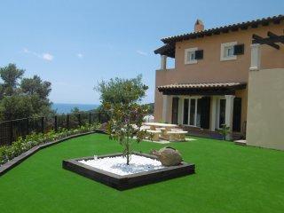 Preciosa casa con piscina en Tossa para 8 personas, Tossa de Mar