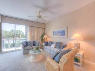 Crescent Condominiums 111, Miramar Beach