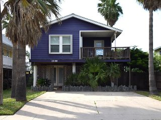 1116SS - Best Purple House in Port A 3 Bedroom 2 Bath Sleeps 9