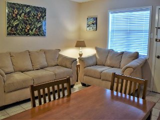 56SV;540 SQ. Ft. Open area Sleeps 4 with shared patio on first Floor