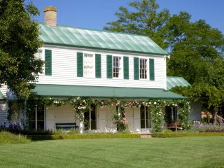 Grand Bowral Country Estate