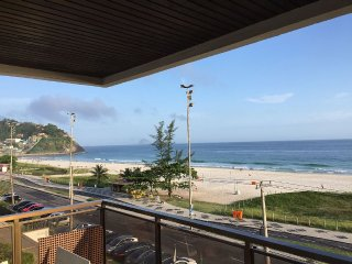 Apartment completely 90m on the seafront